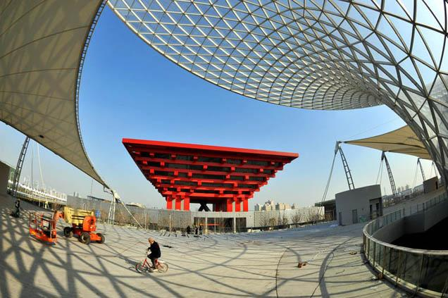 Shanghai sets ready for the 2010 world expo, as the city is marking the 100-day countdown today. During 2009, Shanghai completed a series of infrastructure projects for the 2010 World Expo, including 86 key projects.