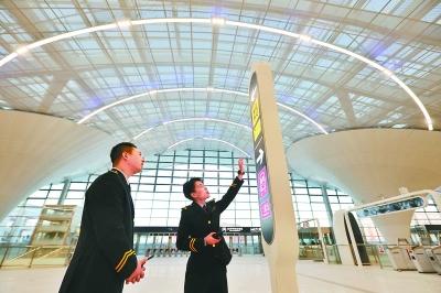 很梦幻!北京地铁环球度假区站亮相