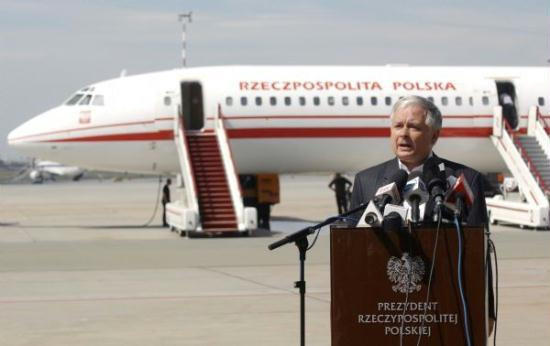 Polish President Lech Kaczynski speaks in front of a Polish government Tupolev Tu-154 aircraft at Krakow airport in this August 8, 2008 file photo. Kaczynski was feared dead after his plane crashed on approach to a Russian airport on Saturday.(Xinhua/Reuters)