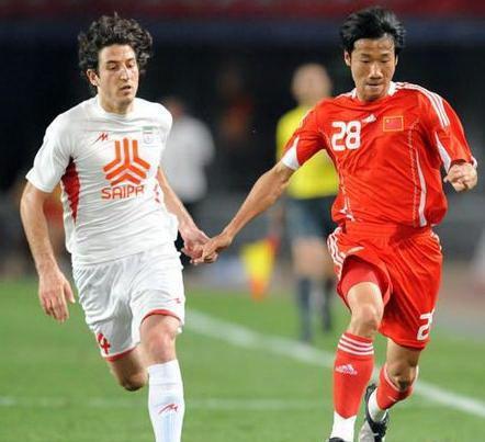 中国国家男子足球队球员介绍—荣昊