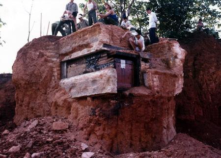 宋墓发掘现场