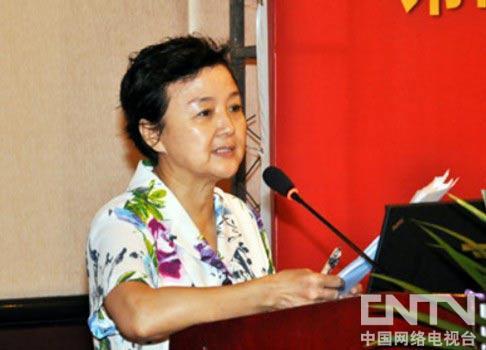 中国保健协会常务副理事长秦小明讲话