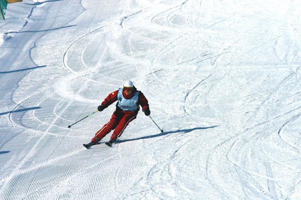 神农架v攻略滑雪场在攻略2000米高的神农架酒1月欧洲旅游海拔图片