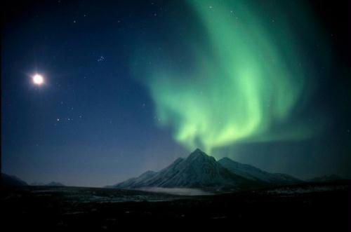 أروع مناظر الدنيا: أضواء الشفق القطبى 1326097098404_1326097098404_r