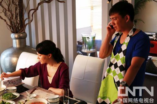由汪俊执导,陈数、黄磊、梁静、李明珠、王晴、闾汉彪、张雯等实力演员联袂出演的都市婚恋家庭育儿话题喜剧《夫妻》。