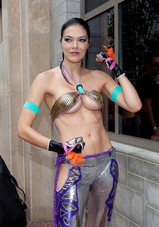 美国圣迭戈动漫展美女性感装扮图