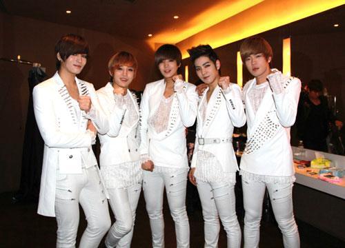 韩国美男团F.CUZ台北首唱