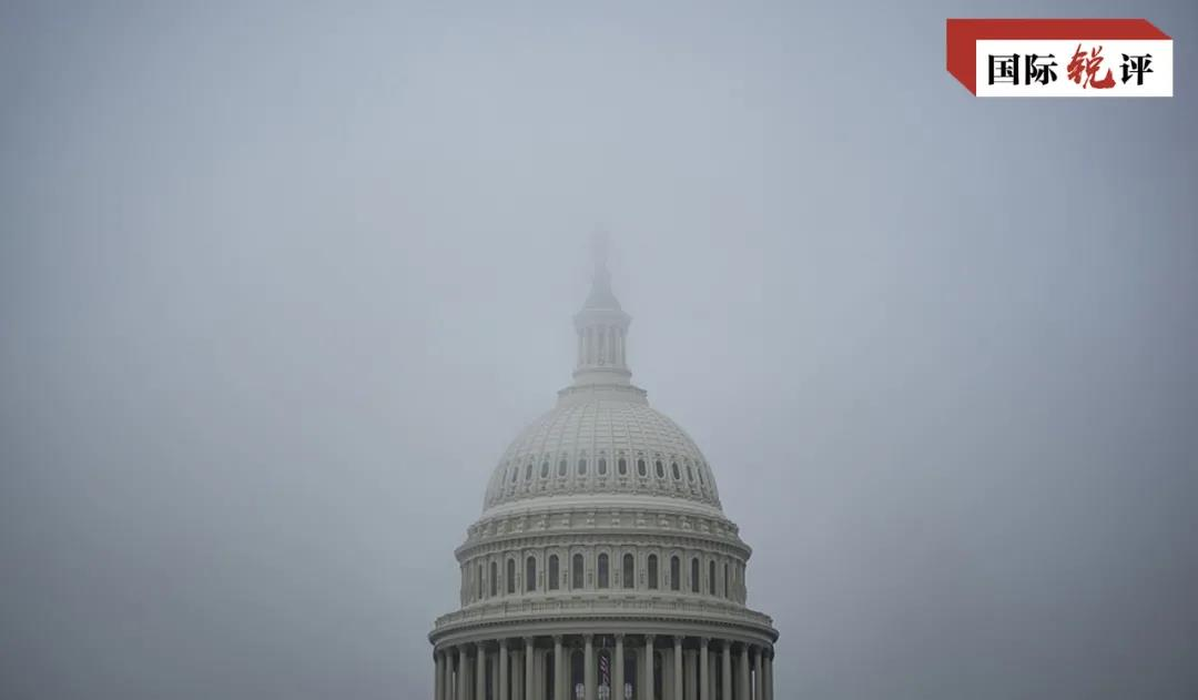 国际锐评丨美国政府面对倒楼灾难的冷漠令人心碎!