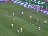 <a href=http://sports.cntv.cn/20120326/108927.shtml target=_blank>[西甲]第30轮:巴列卡诺0-2比利亚雷亚尔 比赛集锦</a>