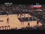 <a href=http://sports.cntv.cn/2013/06/12/VIDE1371001924541564.shtml target=_blank><font color=#a9e2f3>[爱看NBA]总决赛6月12日:热火VS马刺 第一节</font></a>
