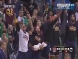 [NBA]乐福抢断分球 詹姆斯持球推进假传真投命中