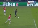 [国际足球]伊斯科禁区内接球 面对德赫亚打远角得手