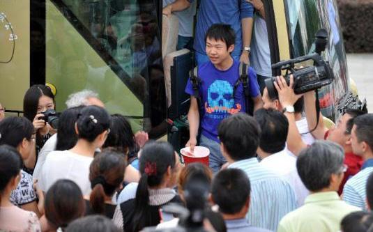 Chine : les survivants du crash d'Asiana Airlines sont arrivés à Hangzhou