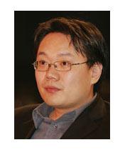 刘洲伟<br>《21世纪经济报道》主编