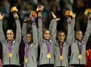 美国选手发挥出色 夺得体操女团金牌