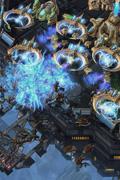 《星际争霸2:虫群之心》多人对战单位截图与原型