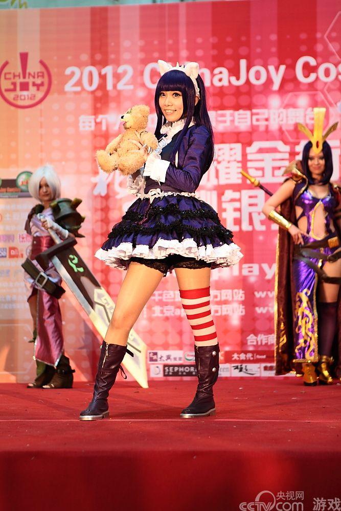 粉红猴子 英雄联盟 舞台照 英雄联盟安妮cosplay图集 高清图片