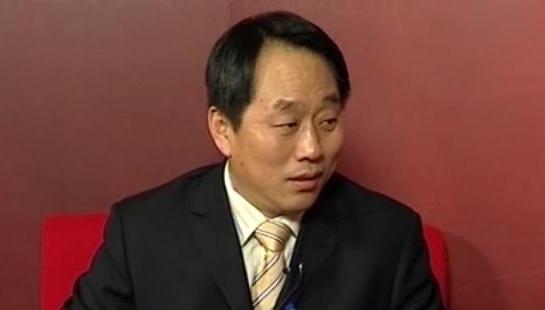 专访全国政协委员张亚忠<br>城镇化进程要保障农民利益