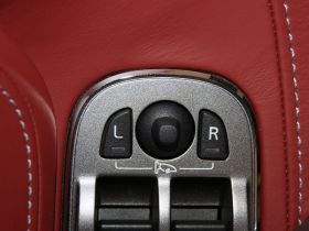 阿斯顿·马丁-阿斯顿马丁DB9车厢内饰图片