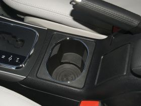 奔驰-奔驰A级车厢内饰图片