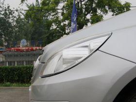 奔驰-奔驰B级车身外观图片