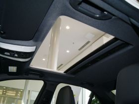 奔驰-奔驰C级(进口)车厢内饰图片