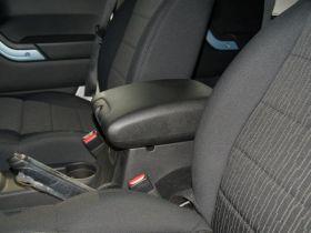 Jeep吉普-牧马人车厢内饰图片