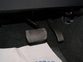 Jeep吉普-指南者车厢内饰图片