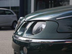 MG-MG7车身外观图片