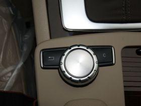 奔驰-奔驰C级中控方向盘图片