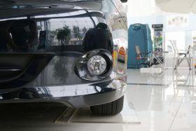 斯巴鲁-翼豹车身外观图片