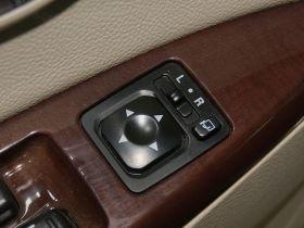 三菱-戈蓝车厢内饰图片