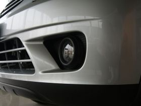 三菱-君阁车身外观图片