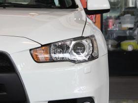 三菱-LANCER车身外观图片