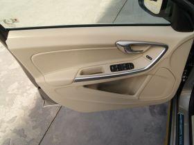 沃尔沃-沃尔沃S60车厢内饰图片
