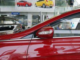现代-索纳塔车身外观图片