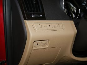 现代-索纳塔车厢内饰图片