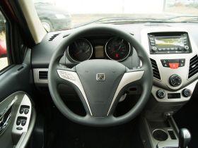 众泰-众泰Z200HB中控方向盘图片