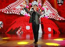 林永健献唱《最重是情义》歌声显豪气
