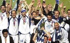 <br><font color=1F4558>2004年希腊夺冠</font>