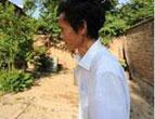 """樊秀峰:""""木头人""""教师坚守讲台17年"""