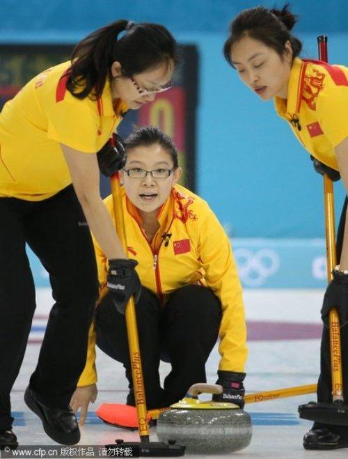 [高清组图]冬奥中国女壶7比4逆转美国取两连胜