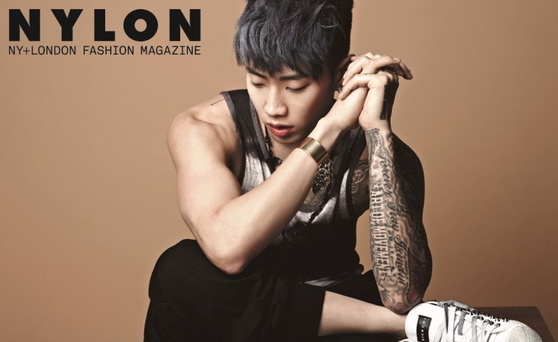 韩国型男朴宰范性感纹身写真