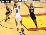 <a href=http://sports.cntv.cn/2013/06/22/VIDE1371873001636242.shtml target=_blank><font color=#a9e2f3>[NBA]总决赛Ⅳ微电影:三巨头85分热火重新觉醒</font></a>