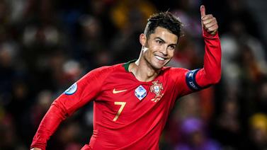 [圖]歐預賽-C羅帽子戲法 葡萄牙6-0大捷