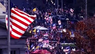 《今日关注》 20201115 华盛顿大游行引混战 美大选撕裂会否滑向内战边缘?