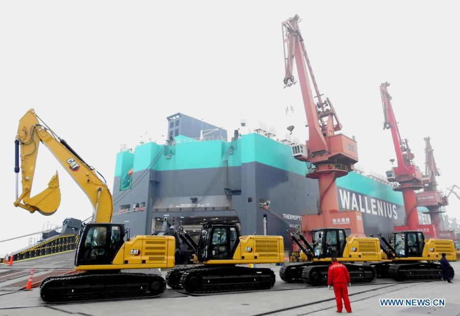 China trade surplus hits record $75 billion as November exports soar