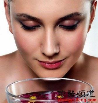 凤凰中医:女性养生:五种疾病提示你身体毒素超标要排毒