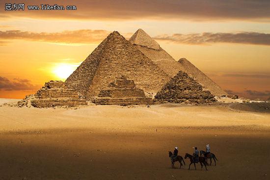 永恒的金字塔 作者:佚名