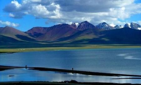 """盛夏""""亲水""""之旅 畅游中国最著名的五大湖泊"""